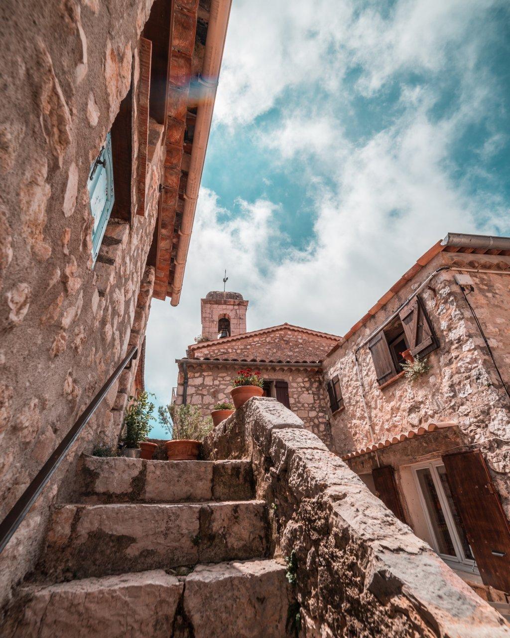 Vulnerabilità e miglioramento sismico degli edifici esistenti in muratura ordinaria, a struttura mista e degli edifici a carattere storico monumentale